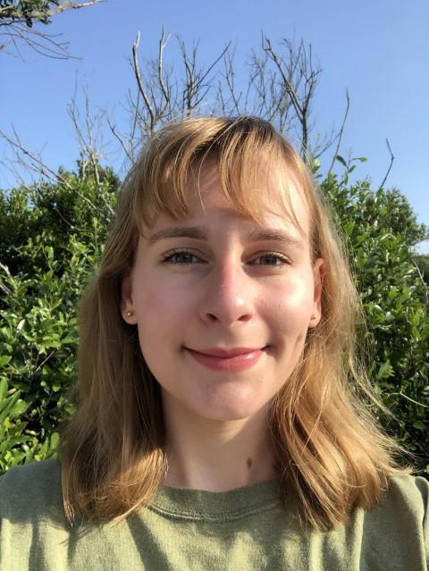 Virginia Ignelzi CC'22 | 2021-2022 CC Rose Research Ambassador